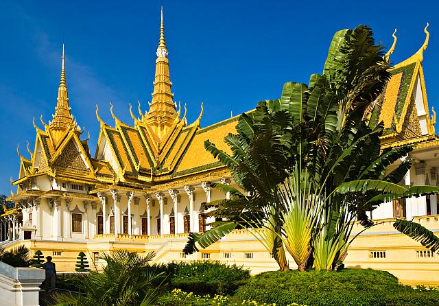 palais-royal-phnom-penh