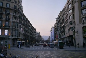Faire du tourisme à  Barcelone avec un scooter