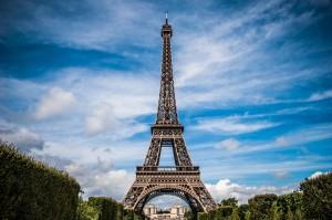 Explorer Paris au guidon d'un vélo électrique