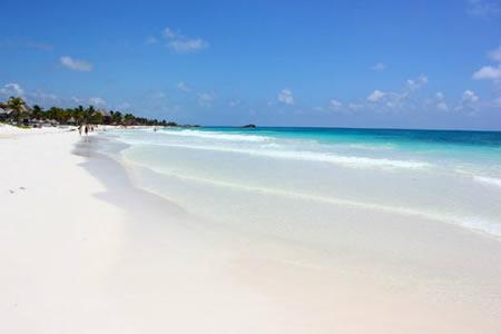 playa-paraiso-paseotours