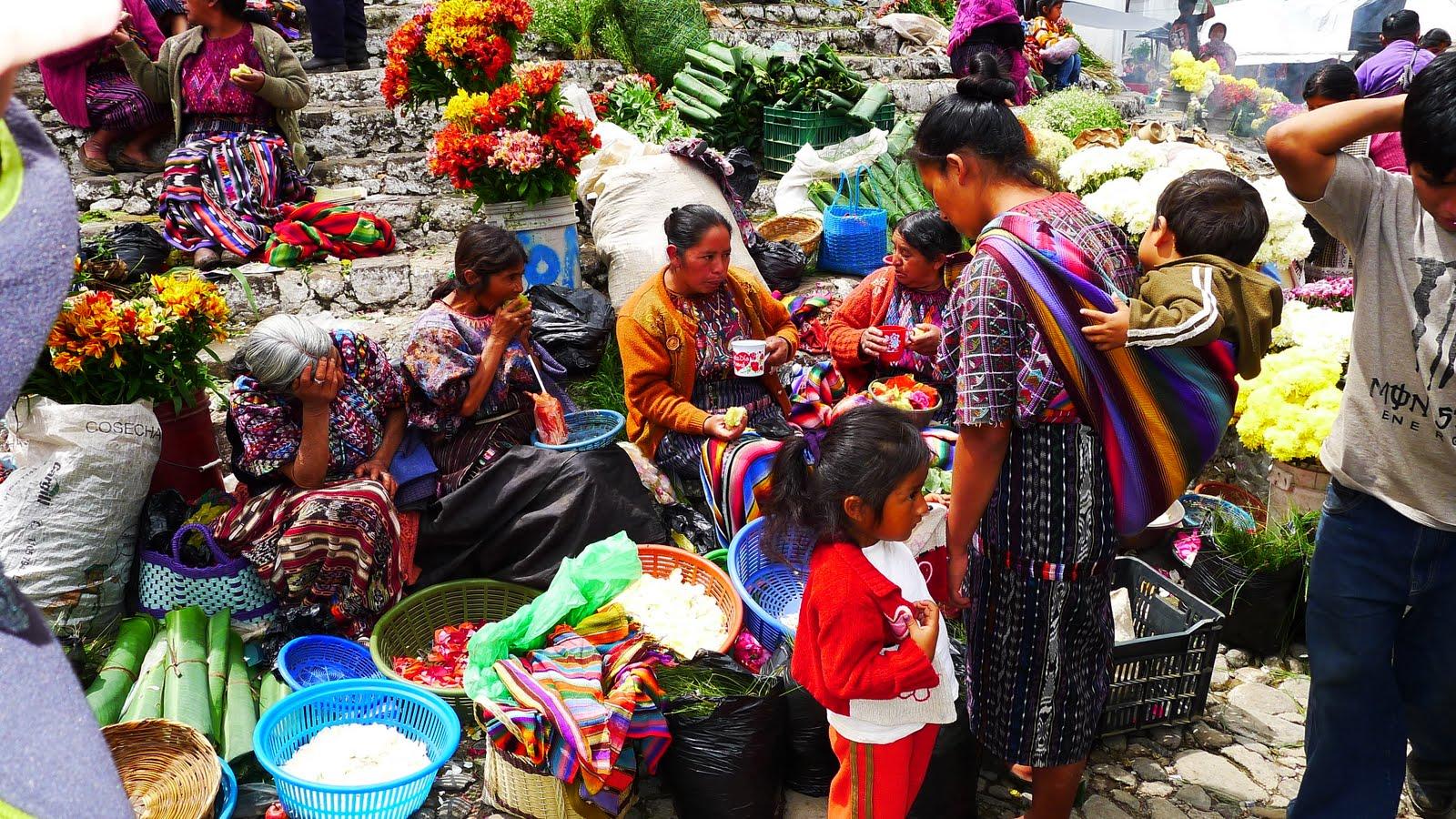 chichicastenango-marche-indien