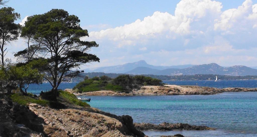 201712JCCSM-398-591Visiter l'île et les plages de Porquerolles ! 2