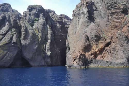 Partir en Corse : une option intéressante pour les vacances