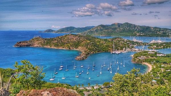 Pourquoi passer par une agence de location voiture Martinique ?