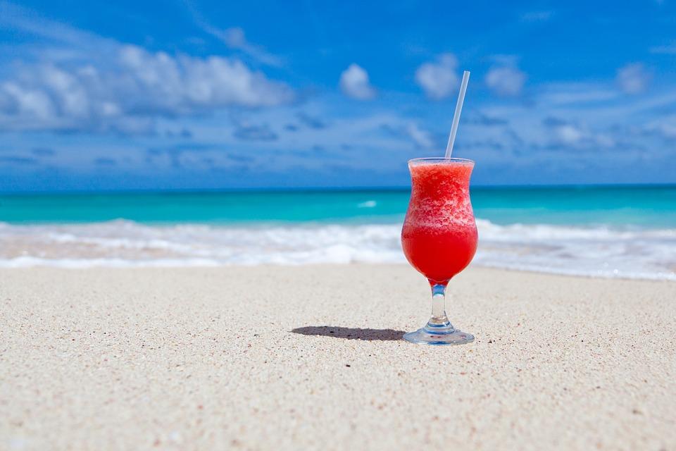 Farniente à la plage : ce qu'il ne faut pas oublier pour flemmarder sur le sable