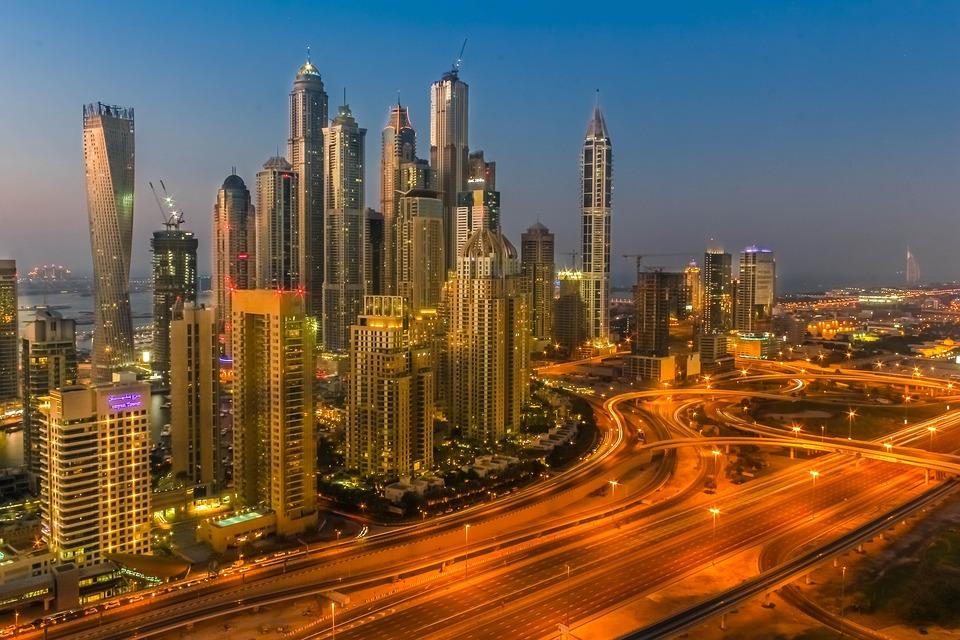 Comment Dubaï attire chaque année des millions de vacanciers?