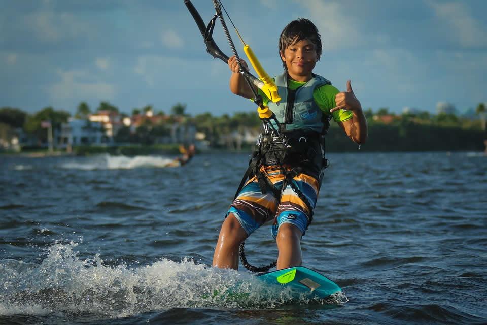 Pourquoi faire un voyage kitesurf?