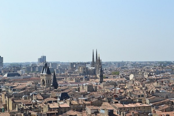 Visiter Bordeaux : pourquoi opter pour un chauffeur privé ?
