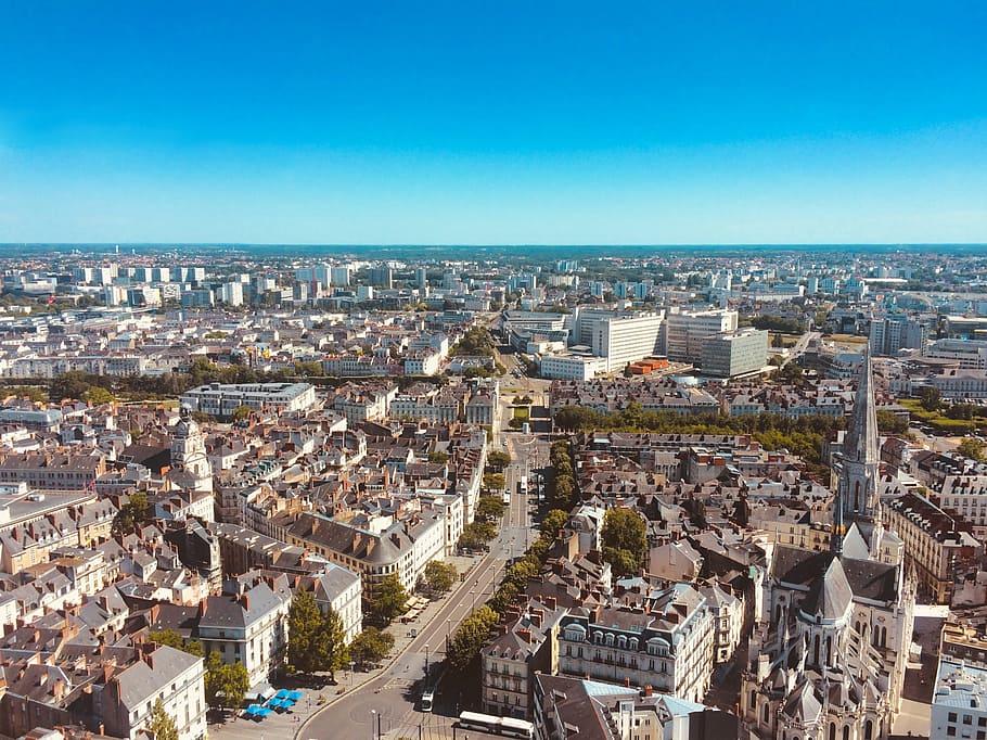 Visiter Nantes : garer sa voiture dans un parking privé